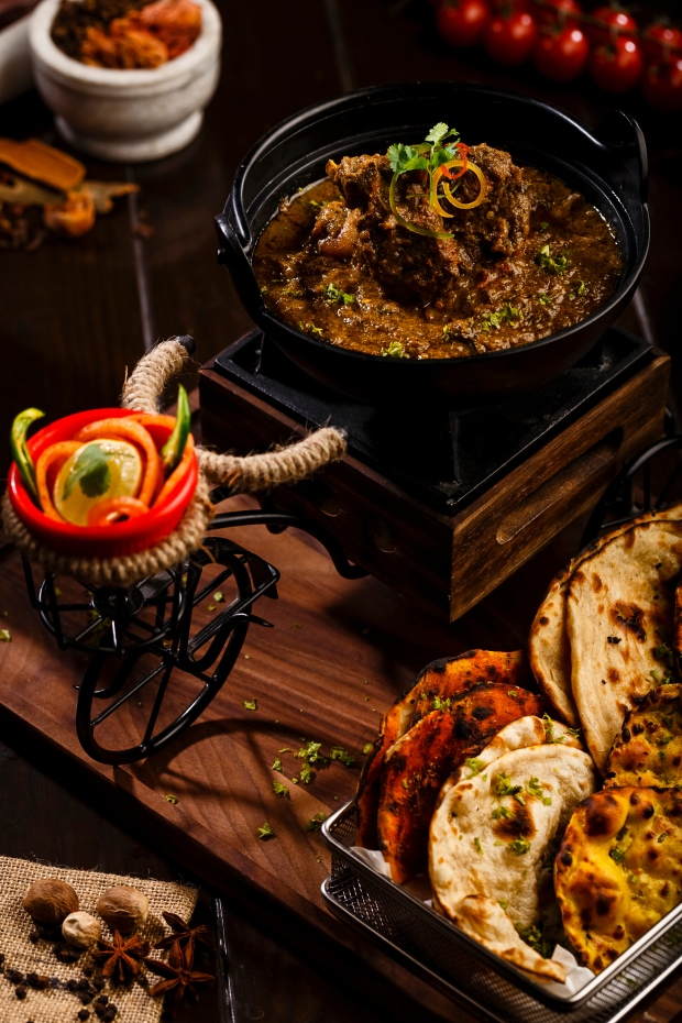 Riksha Wala Balti Ghosht  With Assorted Breads .jpg