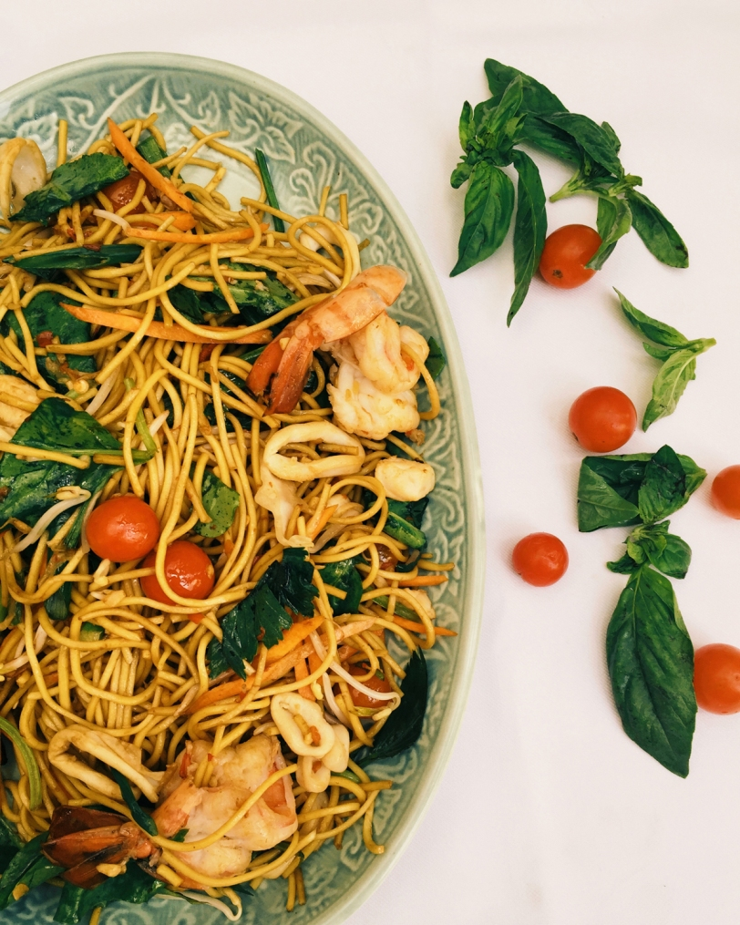 MEE GORENG- Malaysian style yellow noodle wok fried with mixed sea food .JPG